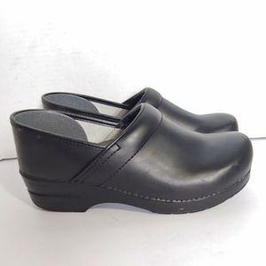 Dansko classic black leather clogs